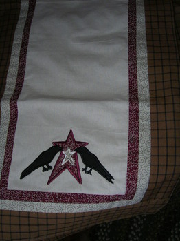 Star and crow table runner