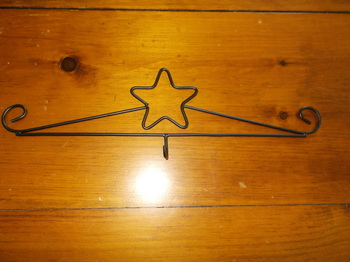 Black Star Calendar Holder