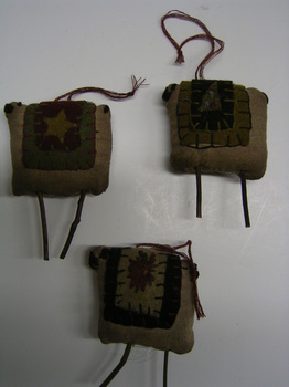 Prim Sheep Ornaments