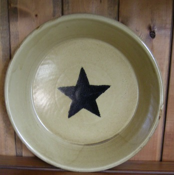 Black Star Pie Plate