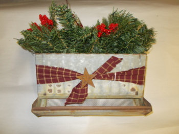 Vintage Holiday Rabbit Feeder