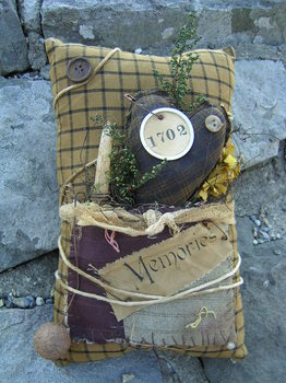 Primitive Pillow With Pocket