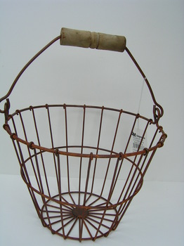 Rusty Wire Egg Basket